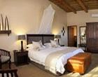 Deluxe-Lodge-room-nav